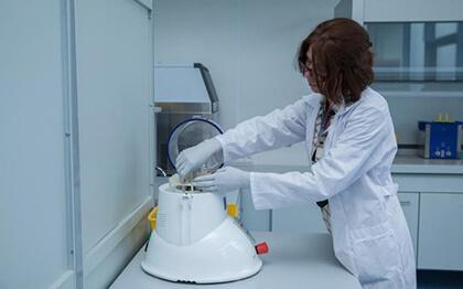 В РФ создана крупнейшая испытательная лаборатория по контролю качества лекарств